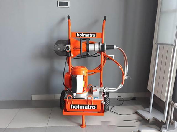 Ručne hidraulične makaze za sečenje Holmatro, Holandija
